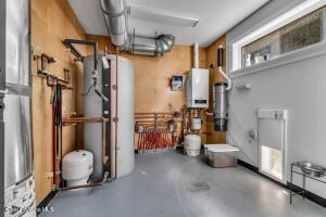 Utility Room - Storage