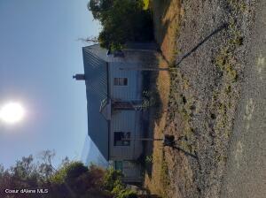 305 N 6th St, Osburn, ID 83849