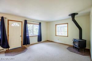 8_Living Room