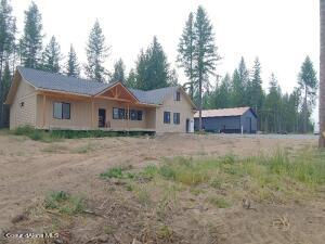 2420 Paradise Valley Rd, Bonners Ferry, ID 83805