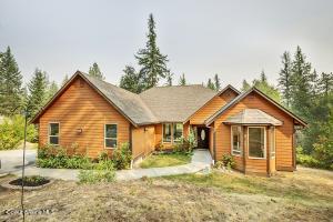 Beautiful custom home on 10+ acres