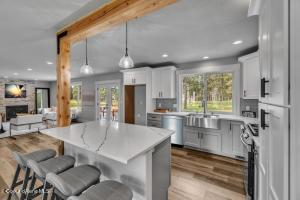 708 N Dundee Dr., Post Falls, ID 83854
