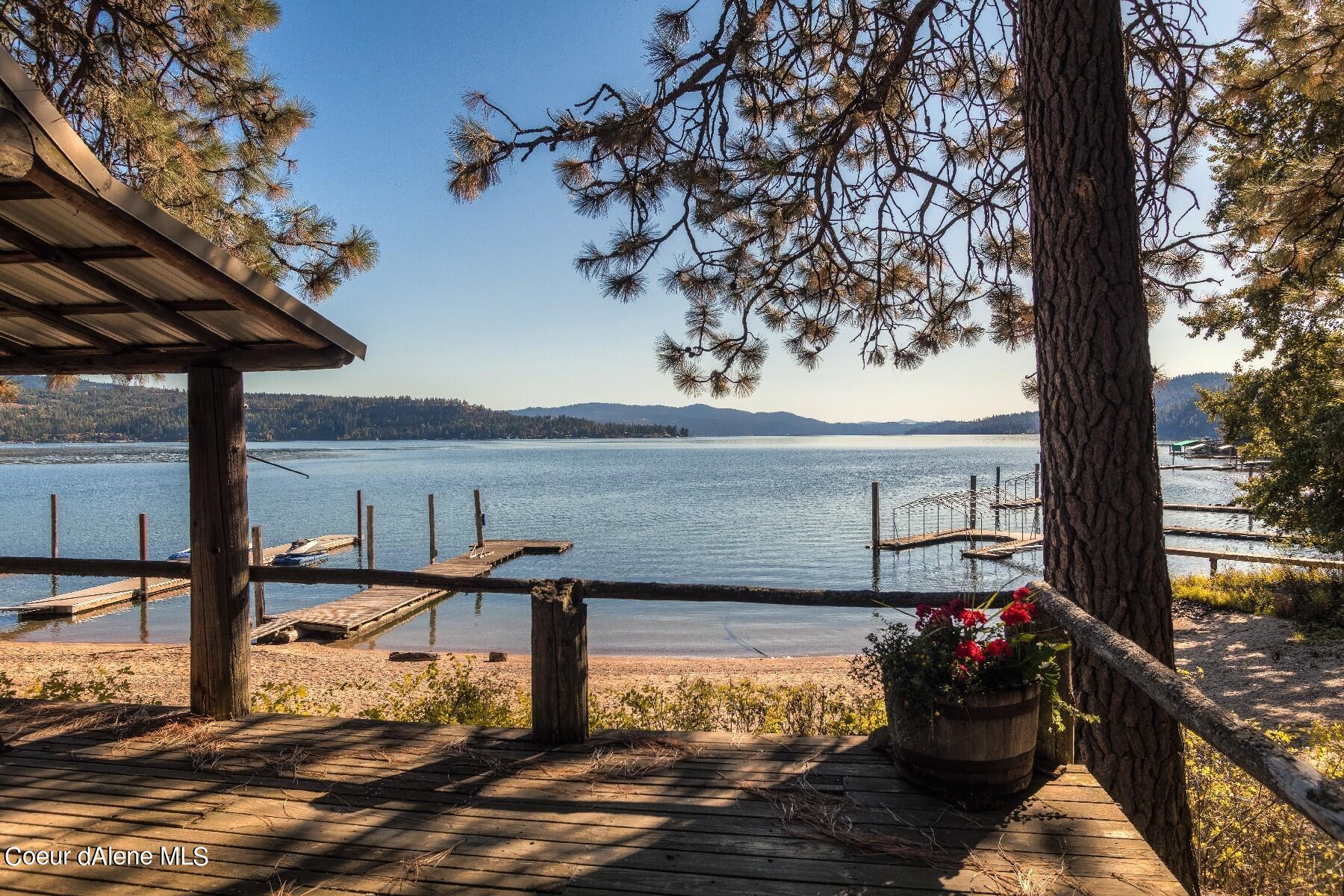 photo of 1460 W Swede Bay Rd Coeur d'Alene Idaho 83814