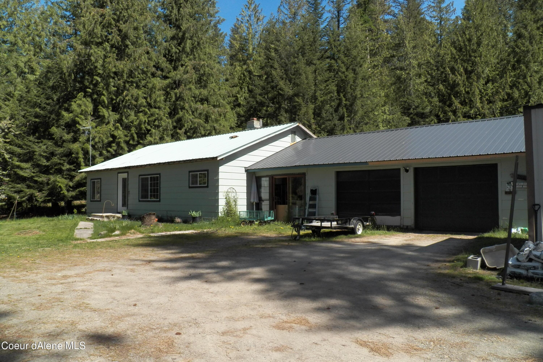 7 W Spring Creek Road, Hope, ID 83836
