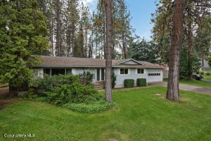 11779 N FOREST RD, Hayden, ID 83835
