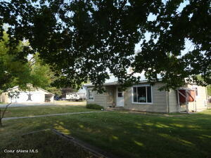 657 Maple Ave., Priest River, ID 83856