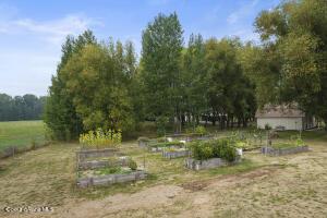 034_Garden Beds