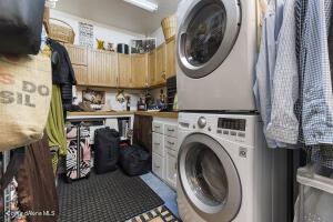041_Laundry