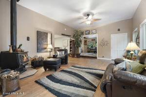 051_Living Room