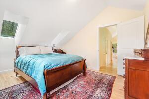 017_Top Floor Master Bedroom