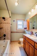 18_Bathroom