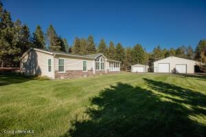 166 Hoover Rd, Blanchard, ID 83804