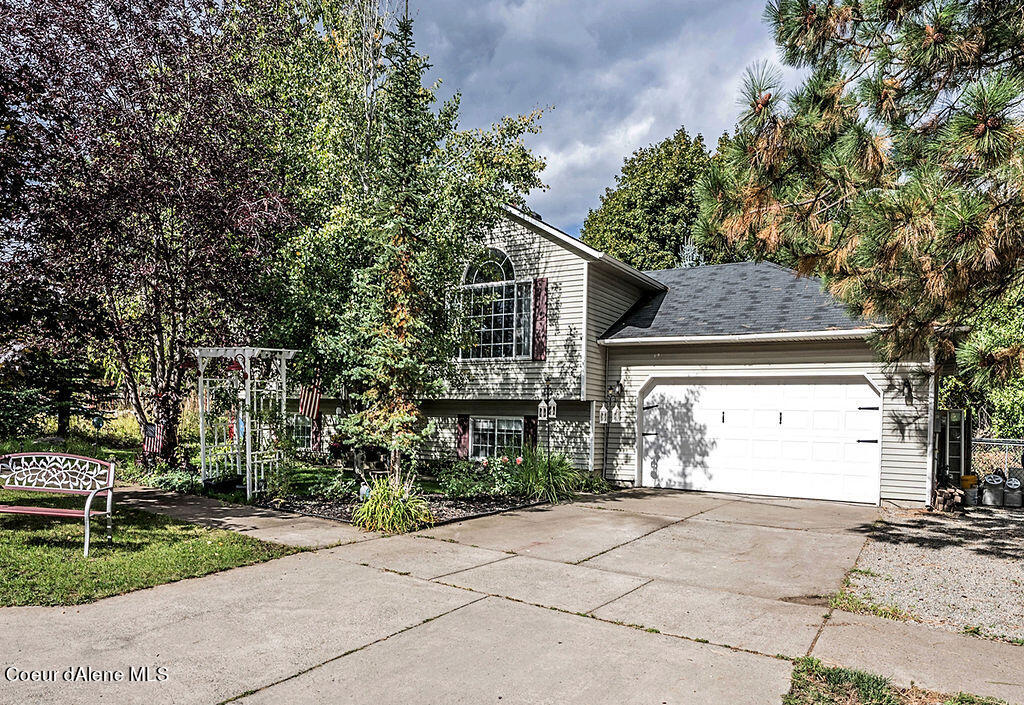 801 E PEARL AVE, Hayden, ID 83835