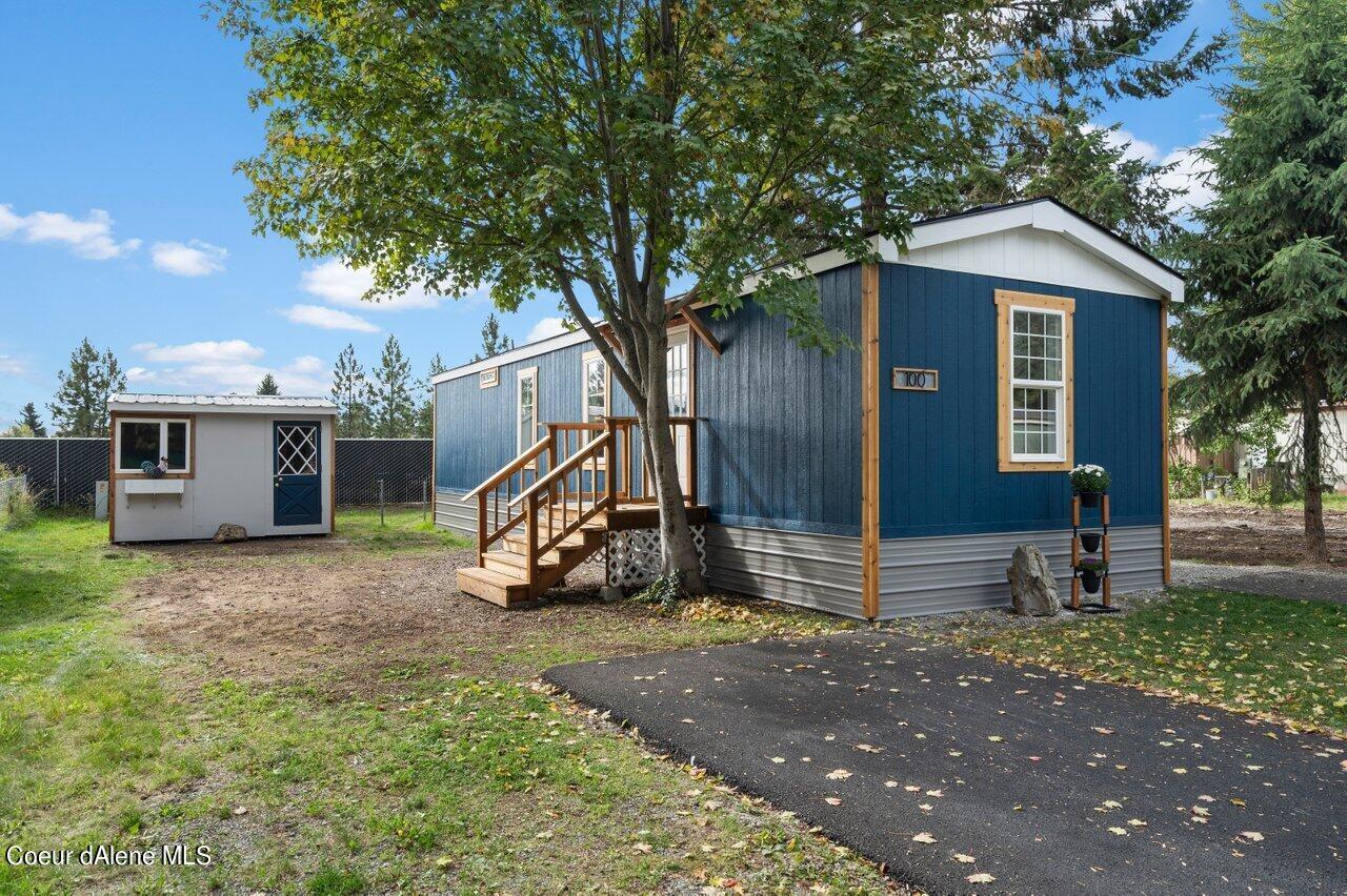 100 E WALROSE LOOP, Hayden Lake, ID 83835