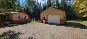 1140 Upper Pack River Rd, Sandpoint, ID 83864