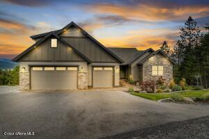 Stunning Executive Mountain Home with expansive Prairie Views ~ yet minutes to town!