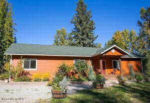 850 Cedar Springs Rd, Sandpoint, ID 83864