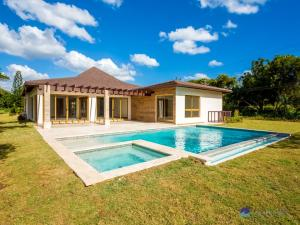 263-B Golf Villa, Casa de Campo,