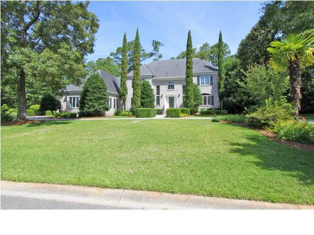 4221 Sawgrass Drive North Charleston, SC 29420