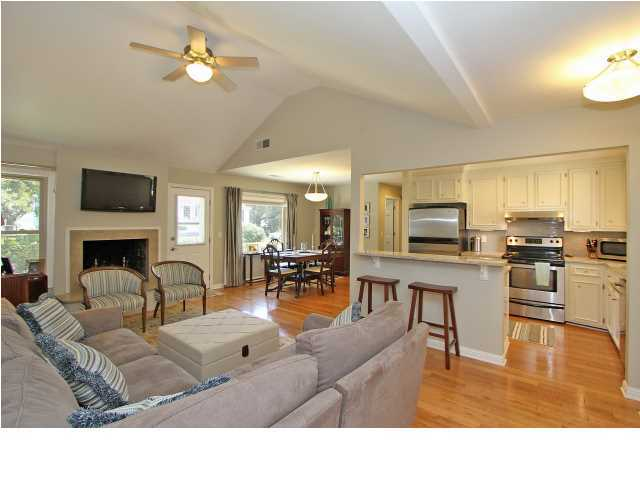 1009 W Oceanview Road Charleston, SC 29412