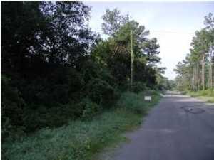 1 Graham Farm Road, McClellanville, SC 29458