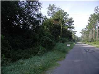 2 Graham Farm Road Mcclellanville, SC 29458