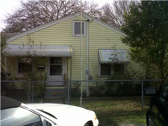1933 Norwood Street North Charleston, SC 29405