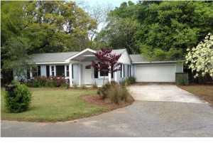 1448 Pocahontas Street, Mount Pleasant, SC 29464