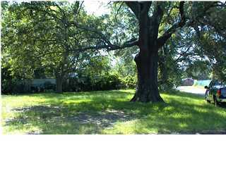 1937 Redwood Street North Charleston, SC 29405