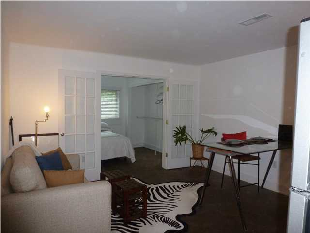 University Place Condos For Sale - 40 Bee, Charleston, SC - 1
