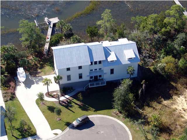 2136 Breezy Point Drive Mount Pleasant, SC 29466