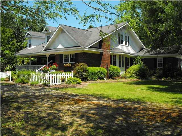 2445 Hughes Drive Cottageville, Sc 29435