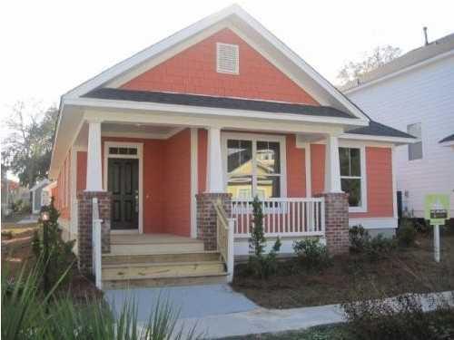 5268 Dolphin Street North Charleston, SC 29405