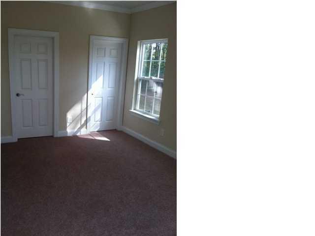 8172 #4 Antler Drive North Charleston, Sc 29406