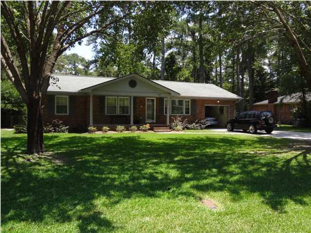 303 Hutson Drive Summerville, SC 29483