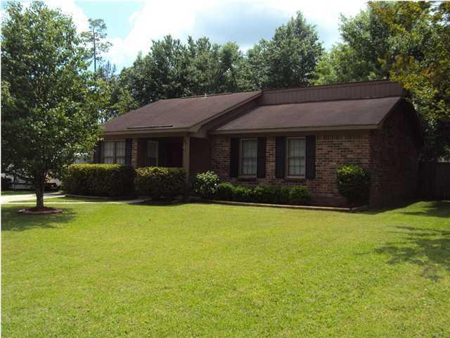 109 Pine Court Summerville, Sc 29483
