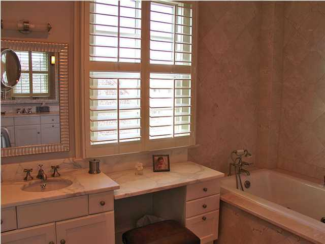 French Quarter Homes For Sale - 5 Middle Atlantic Whf, Charleston, SC - 15