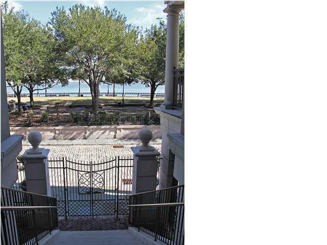 French Quarter Homes For Sale - 5 Middle Atlantic Whf, Charleston, SC - 22
