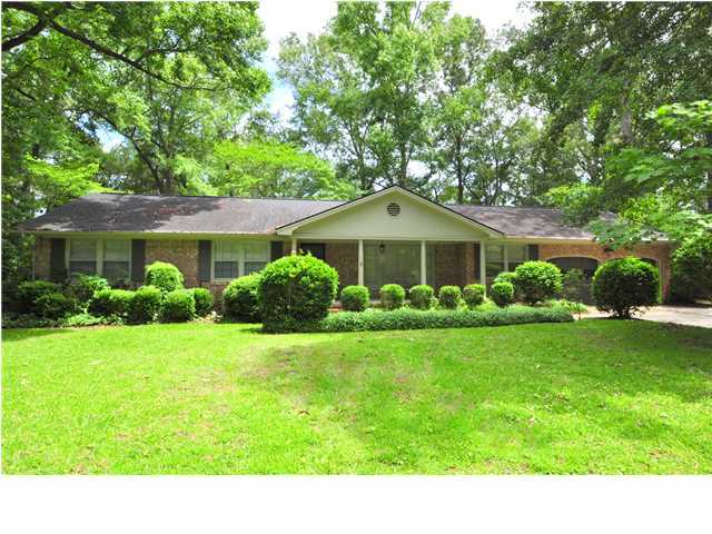 1559 S Pinebark Lane Charleston, SC 29407