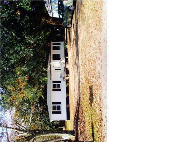 695 Kent Street Mount Pleasant, SC 29464