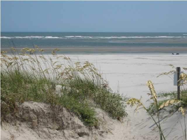 Property for sale at 122 Ocean Boulevard, Isle Of Palms,  South Carolina 29451