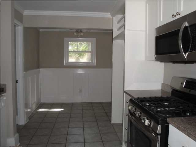627 Ellis Street Mount Pleasant, SC 29464