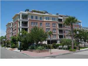 2 Laurens Street, Charleston, SC 29401