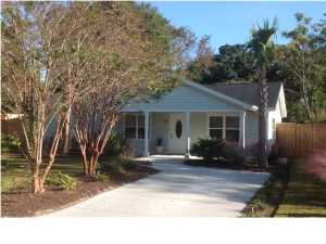 69 Vincent Drive, Mount Pleasant, SC 29464