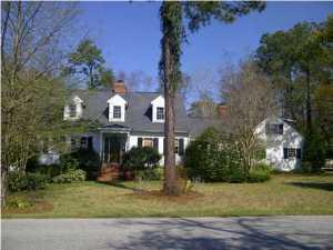635 Hobcaw Drive, Mount Pleasant, SC 29464
