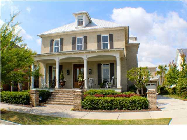 1758 Pierce Street Charleston, SC 29492