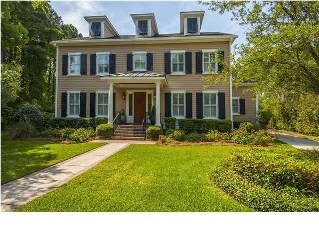 106 Sea Dog Circle Mount Pleasant, SC 29464