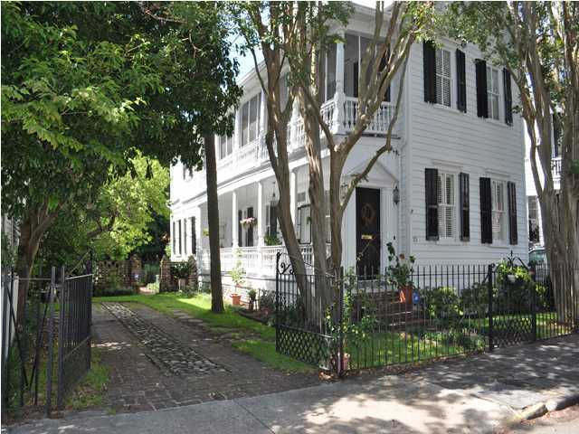 25 Savage Street Charleston, SC 29401