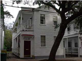 44 Warren Street Charleston, SC 29403