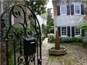 45 Anson Street, Charleston, SC 29401